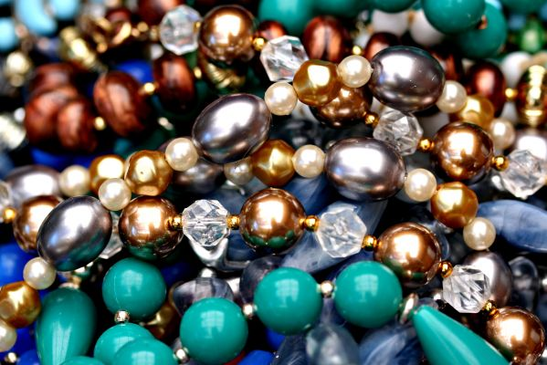 Sale: Costume Jewelry, Books, Puzzles and More, Oh My! !